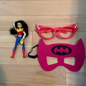 FREE w Bundle Superhero-Wonder Woman+mask+glasses